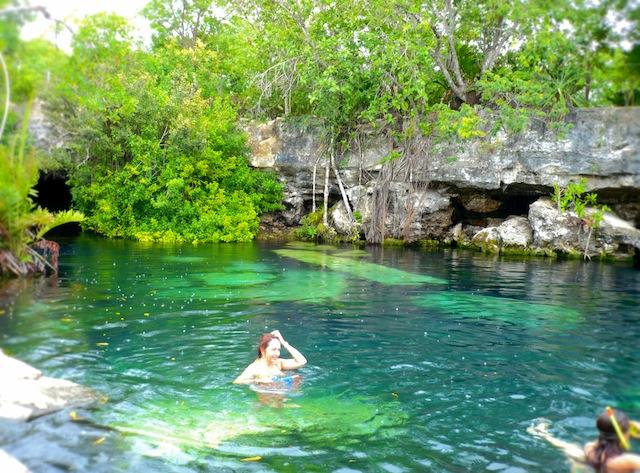 cenote cancun mexico