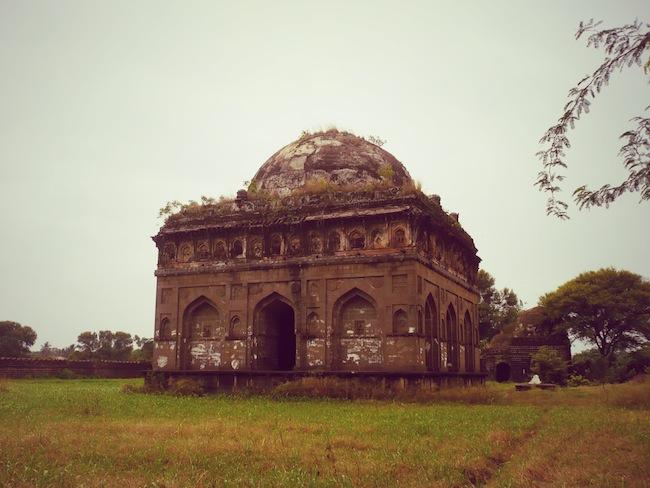king ahmed basu tomb