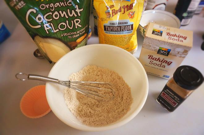 banana muffins paleo