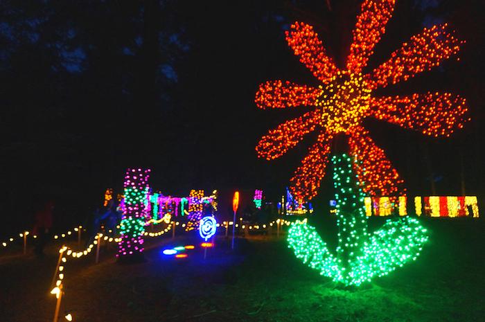 oregon garden christmas16