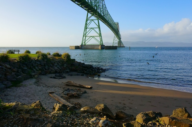 astoria oregon beach
