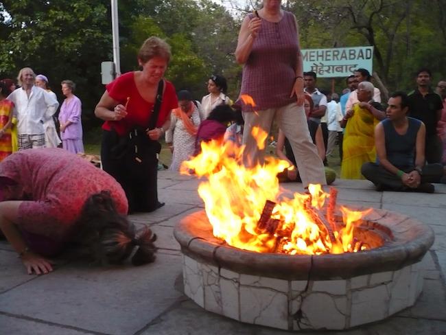 dhuni india fire11