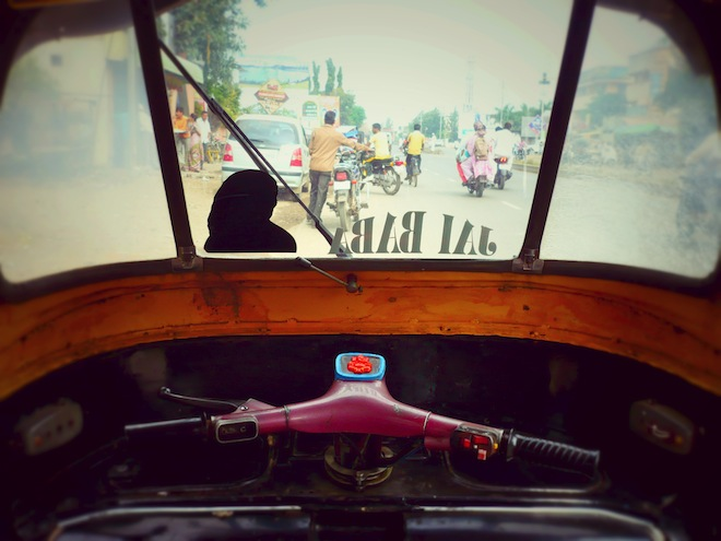 rickshaw india road