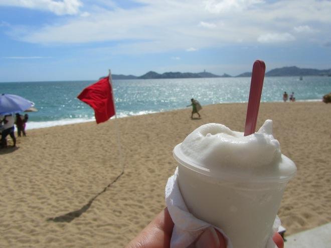 acapulco mexico beach11