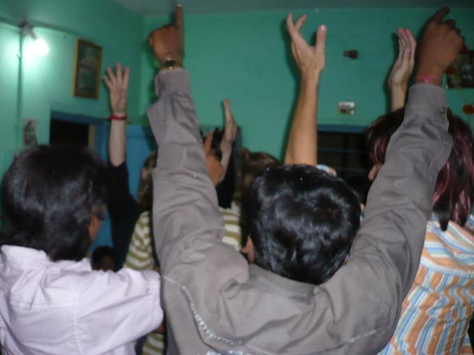dancing india
