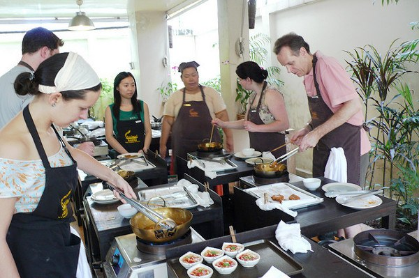 Thai food culture in a cooking class