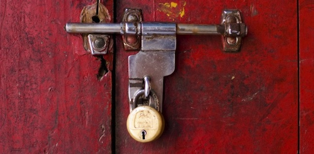 lock and key door banner