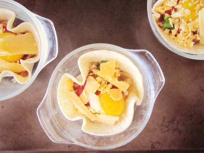 baked eggs in tortilla cups