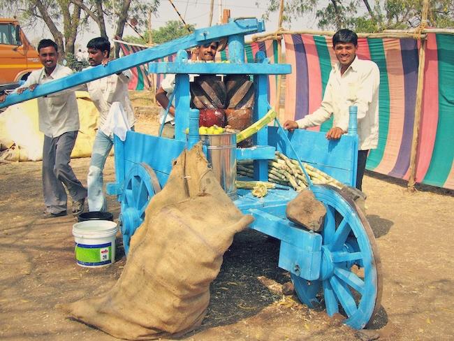Fresh sugarcane juice machine