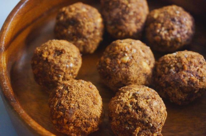 cacao snack truffles1