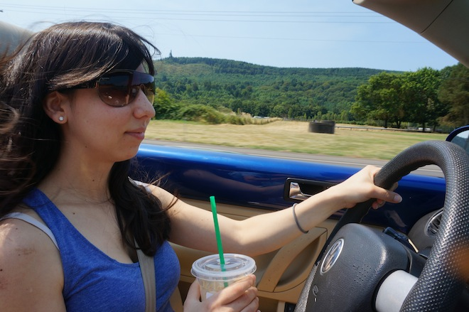 The best part of my weekend. Enjoying the wind, the sun, a frappe, and the country on a convertible bug.